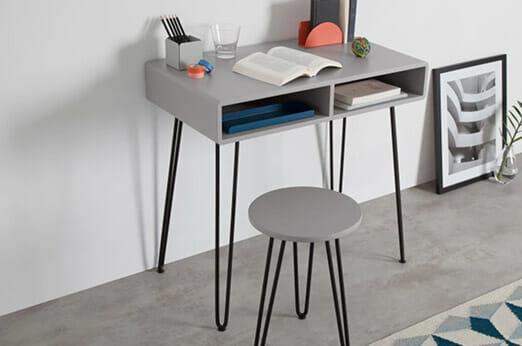 cal schreibtisch und stuhl 7roomz. Black Bedroom Furniture Sets. Home Design Ideas