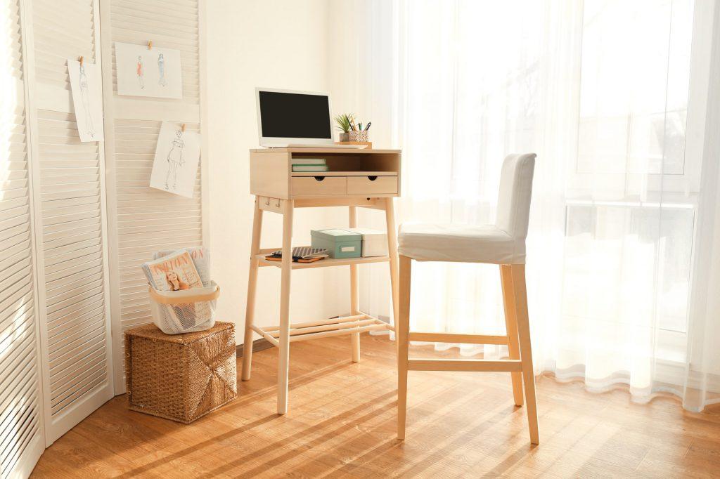 Schreibtisch Galerie1