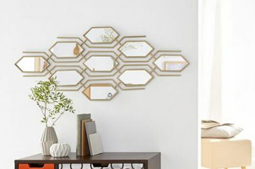 Wanddekoration mit Spiegeleinlagen Waben