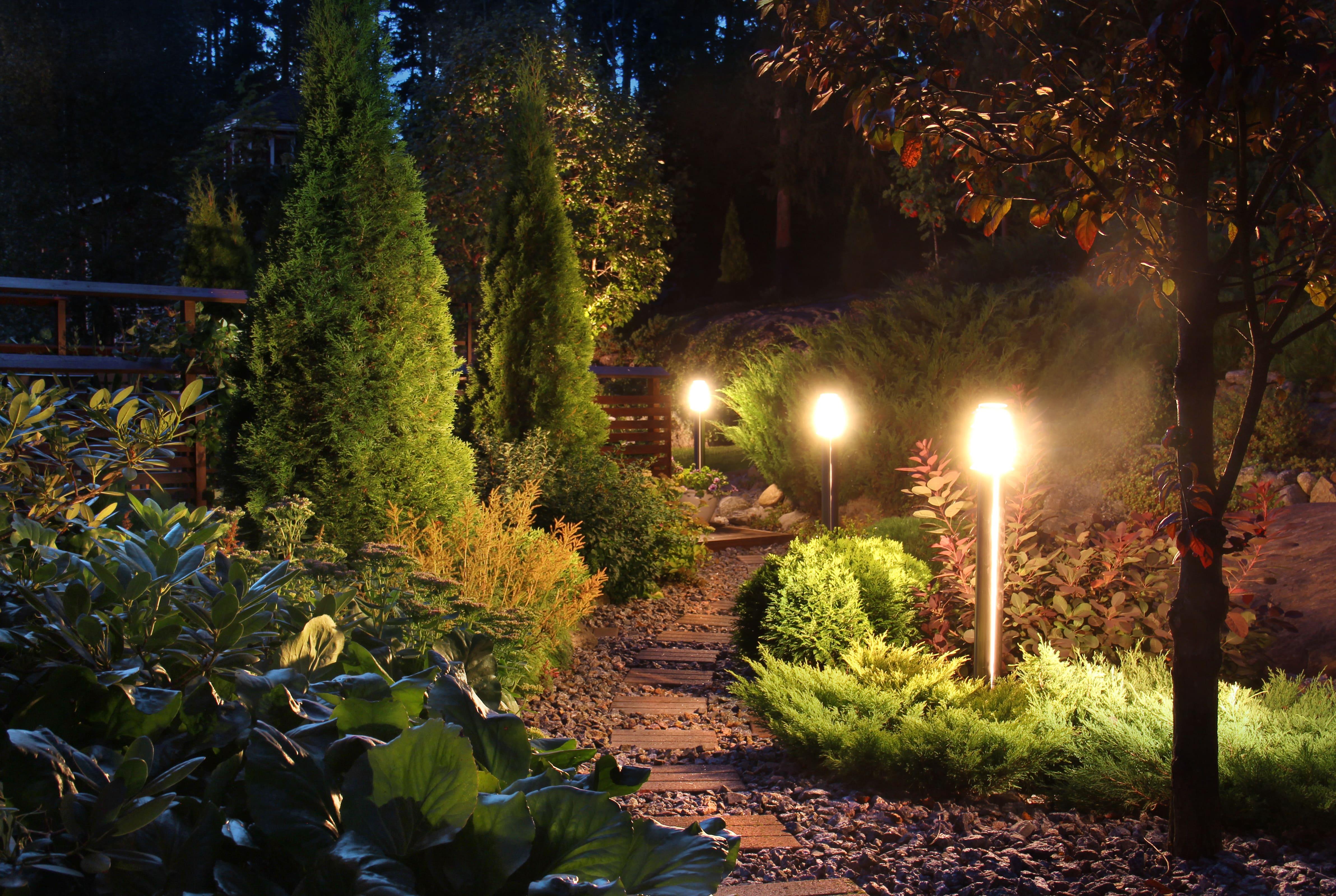 Licht im garten ideen vorschl ge von 7roomz - Licht im garten ...
