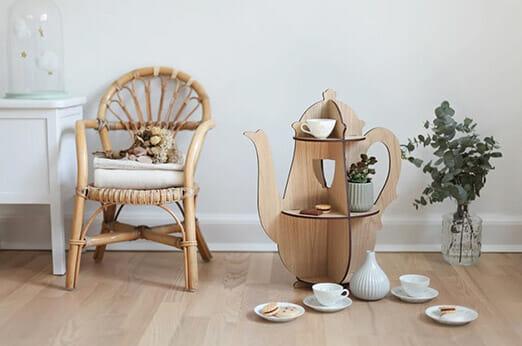 Hagelens Regal Teekanne Holz