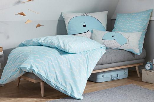Kinderbettwäsche Wal blau