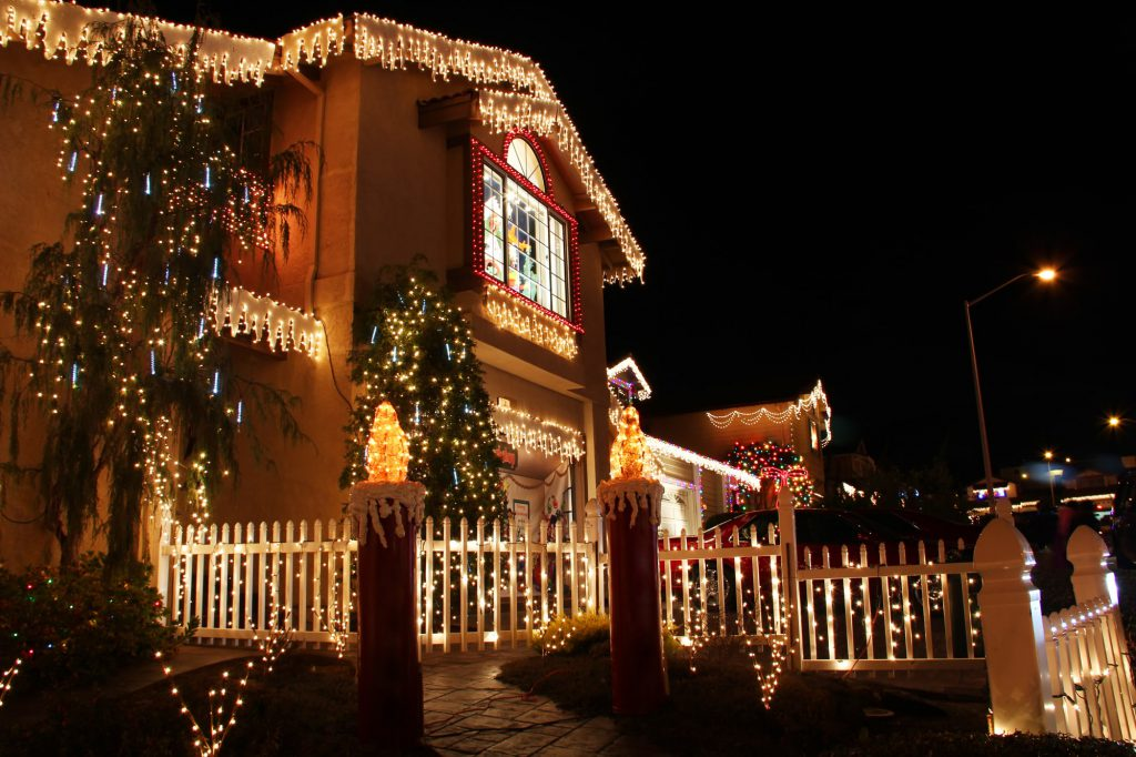 Weihnachtsbeleuchtung am Haus Galerie 3