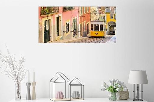 Posterlounge Wandbild - Jörg Gamroth Gelbe Strassenbahn in Lissabons Altstadt bunt Poster