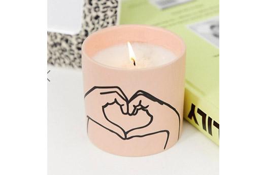 Love Ya Kerze mit Tabak- und Vanilleduft