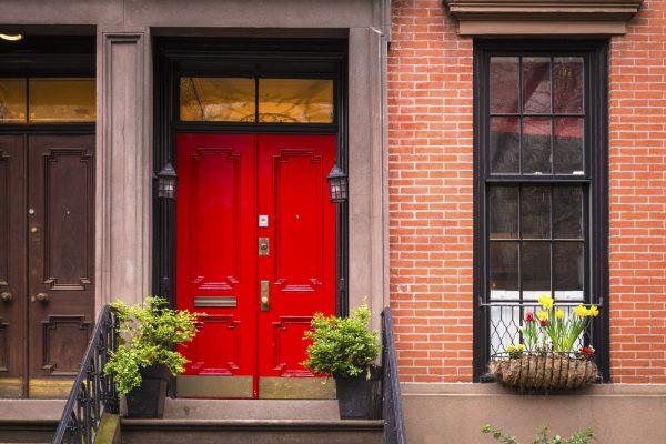 Tür lackieren rot Vorschau