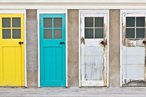 vier Türen lackieren im Vorherbild