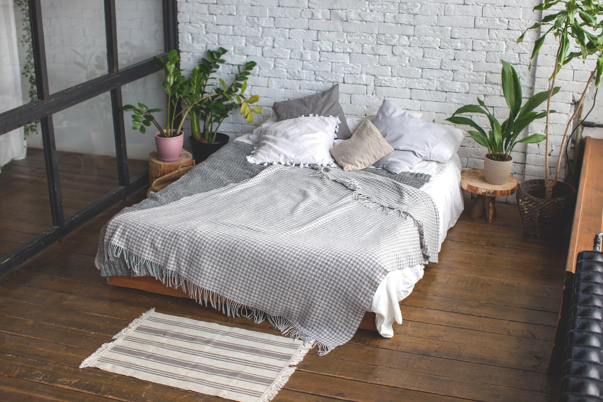 Wohnung schön und günstig einrichten im Schlafzimmer