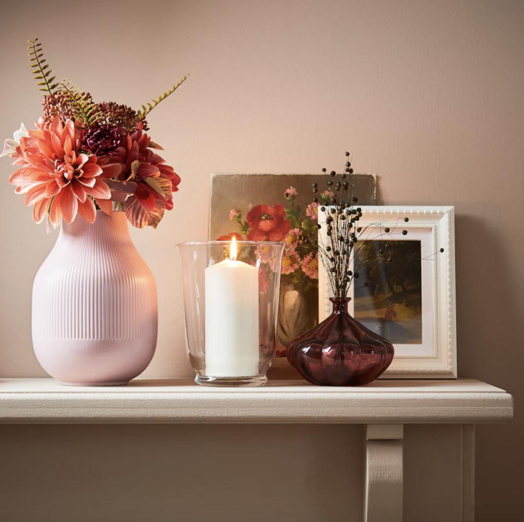 Vase, dunkelrot