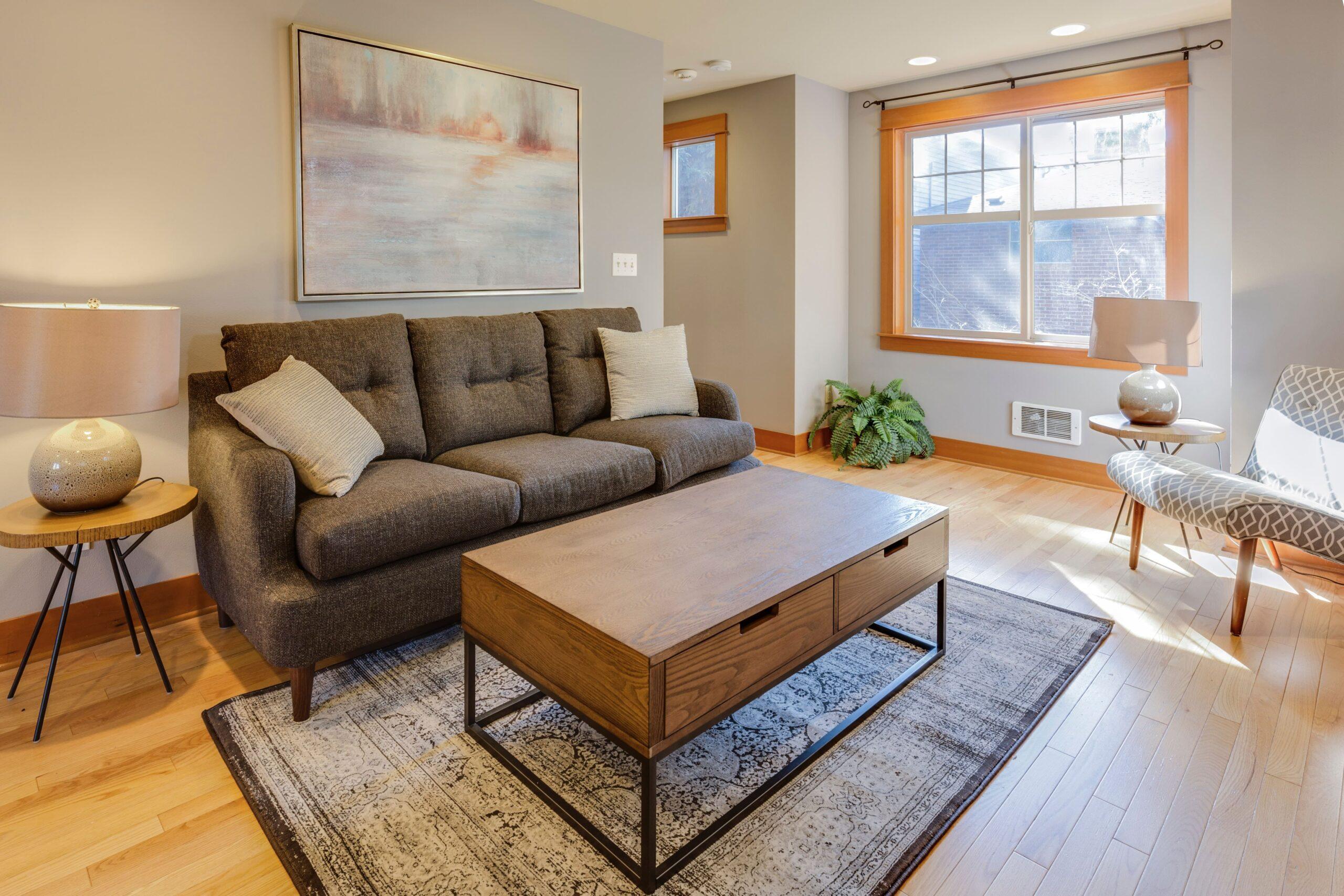Kleine Räume größer wirken lassen Vorschau-min