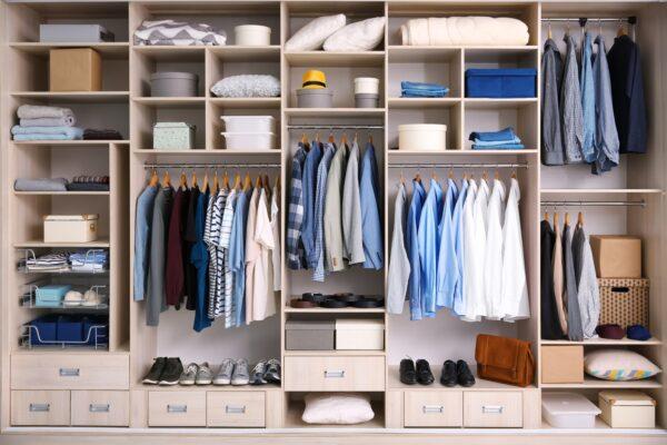 Kleiderschrank ordnung Vorschau