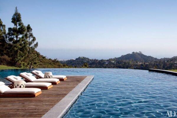 dam-images-celebrity-homes-2014-celeb-pools-best-celebrity-pools-01-gisele-bundchen-tom-brady